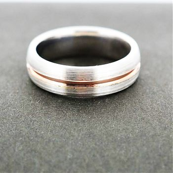 Palladium (or platinum) and rose gold ring