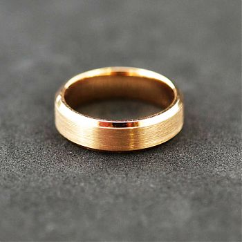 18ct rose gold 6mm band